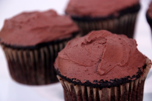 The BEST Chocolate Cupcakes with Ginger/Orange Chocolate ...