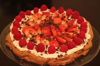 Chocolate-Pavlova-with-raspberries-strawberries-Gluten-Free